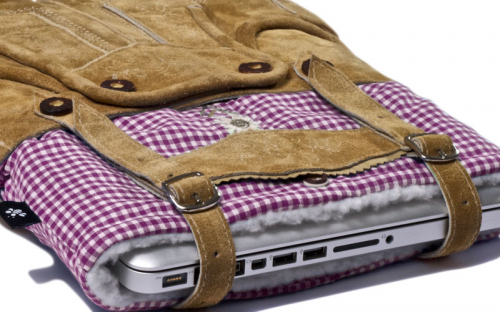 Lederhosen Laptop Sleeve 3