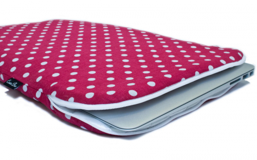 Pinkish Red Macbook sleeve 2