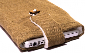 Jute Macbook Sleeve - Funky Farmer