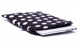 Polka dot Macbook Sleeve - Black Polka