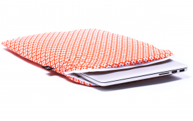 Orange flowers Macbook Sleeve - Retro Orange